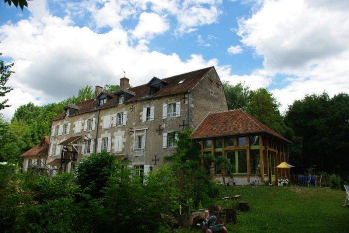 Moulin A Eau Du Bas Pese, Blois, France, UPDATED 2020 reservations for winter vacations in Blois