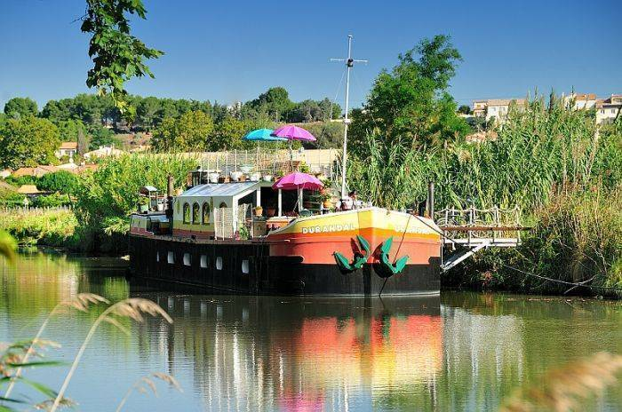 Peniche Durandal B and B Canal Du Midi, Villeneuve-les-Beziers, France, France hotels and hostels