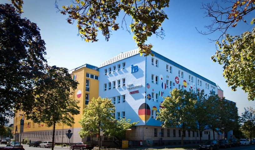 Haus International - Search for free rooms and guaranteed low rates in Munichham, great deals 20 photos