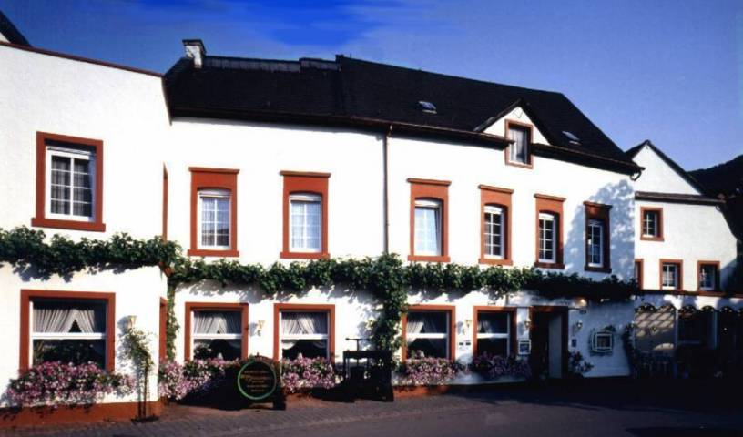 Weinhaus Hotel Zum Josefshof, high quality deals 7 photos