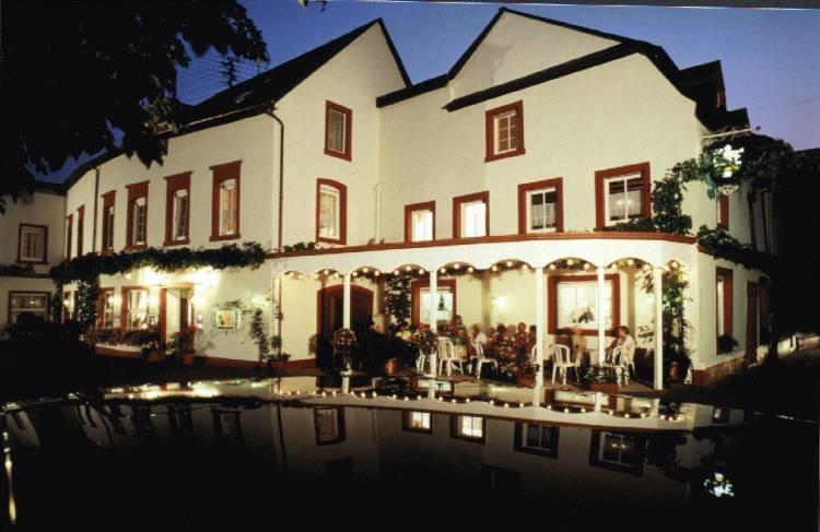 Weinhaus Hotel Zum Josefshof, Graach, Germany, relaxing hotels and hostels in Graach