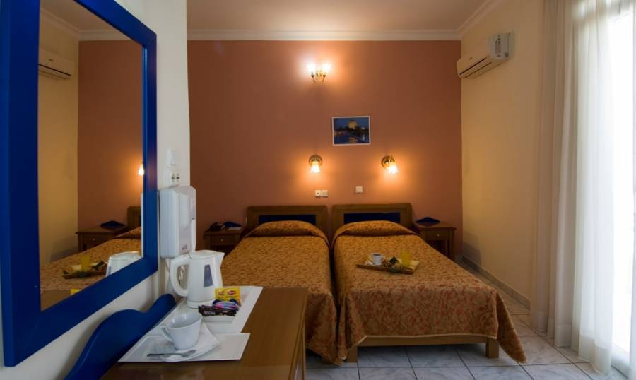 Hotel Carolina, Athens, Greece, hotels in locations with the best weather in Athens