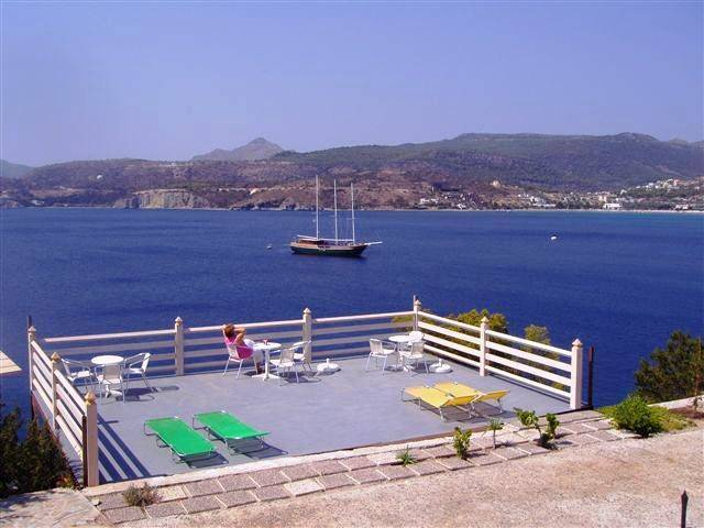 Kavos Bay Seafront Hotel, Aegina, Greece, how to find affordable hostels in Aegina