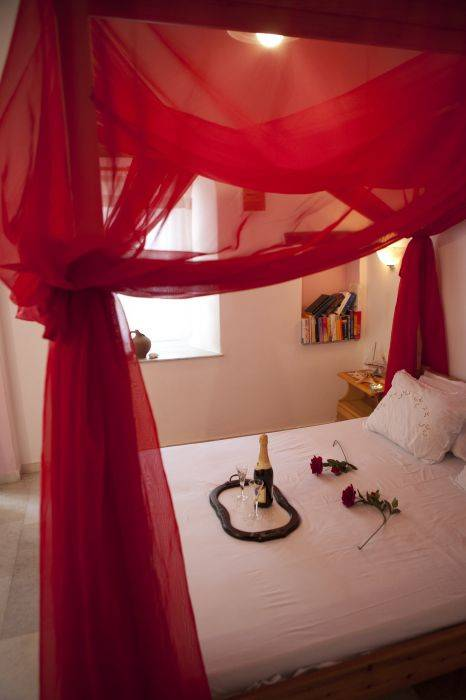 Something Else Apartments, Agios Prokopios (Naxos), Greece, read hotel reviews from fellow travellers and book your next adventure today in Agios Prokopios (Naxos)
