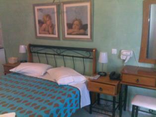 Villa Rose, Thira, Greece, Vind goedkope aanbiedingen op vakanties in Thira