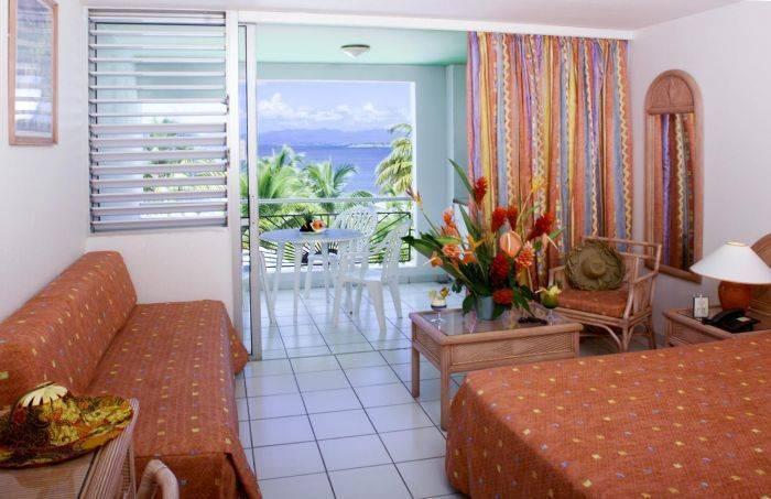 Canella Beach Hotel, Le Gosier, Guadeloupe, Resa hotell för turister och turism i Le Gosier