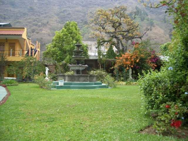 Grand Hotel Panajachel, Panajachel, Guatemala, Ξενοδοχεία για εκδρομές σκι ή διακοπές στην παραλία σε Panajachel