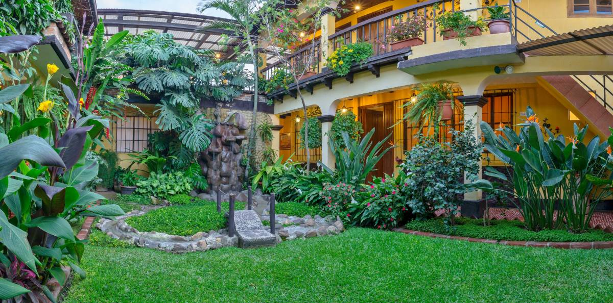 Hotel Las Camelias Inn, Antigua Guatemala, Guatemala, find hotels in authentic world heritage destinations in Antigua Guatemala