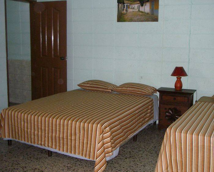 Guesthouse Dos Molinos BB, San Pedro Sula, Honduras, hotels in cities with zoos in San Pedro Sula
