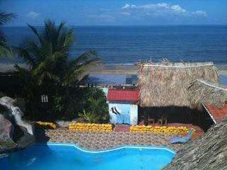 La Delphina Bed and Breakfast Bar Grill, La Ceiba, Honduras, Honduras hostels and hotels