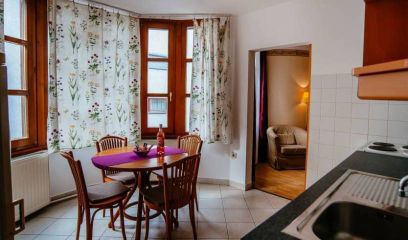 E and G Residence - Get low hotel rates and check availability in Budapest 15 photos