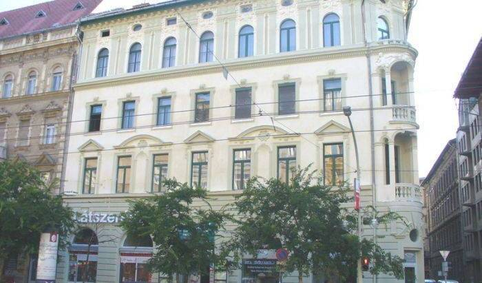 Rakoczi Square Apartment - Search available rooms for hotel and hostel reservations in Budapest 19 photos