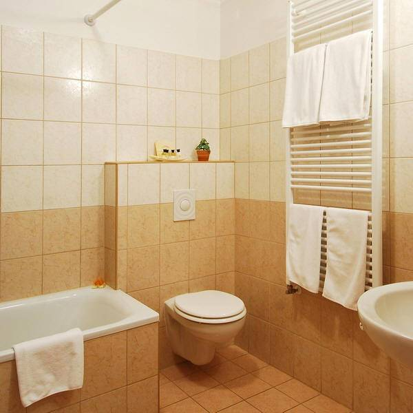 Locust Tree Apartments, Budapest, Hungary, hotel deals in Budapest