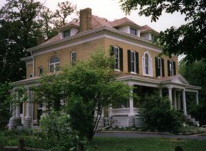 Beall Mansion...an Elegant B And B, Allen, Illinois, Illinois oteller ve pansiyonlar