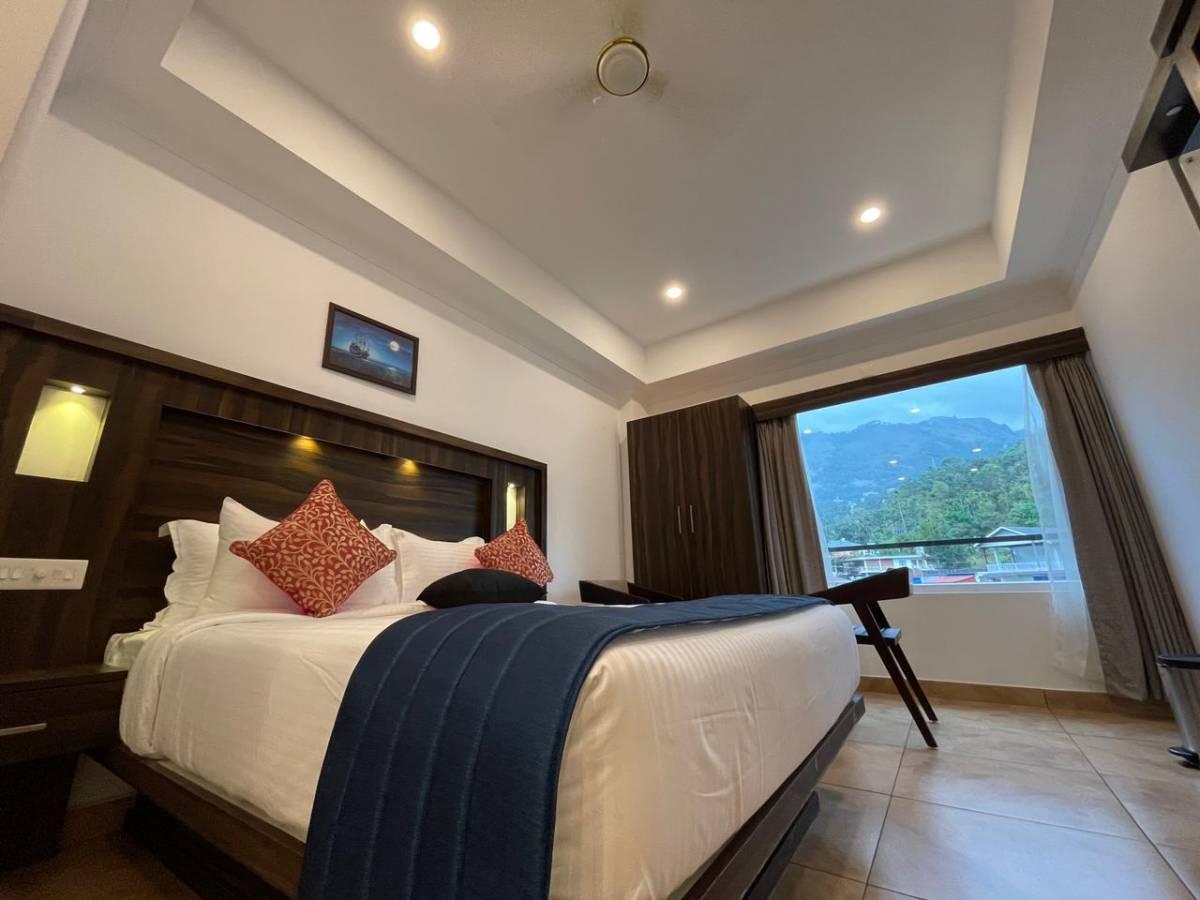Amuse Vista Resorts and Spa, Munnar, India, 酒店提供免费早餐 在 Munnar