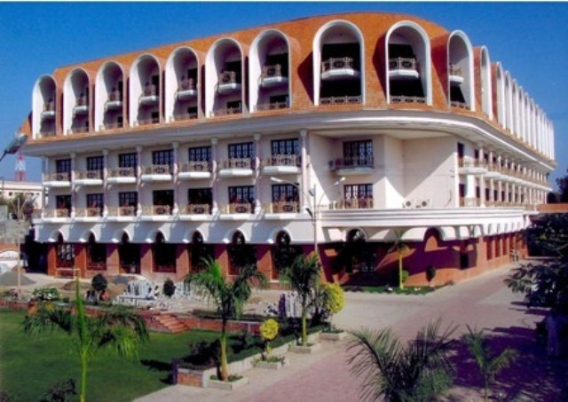 Aurangabad Gymkhana Club (Hotel), Aurangabad, India, India hotels and hostels