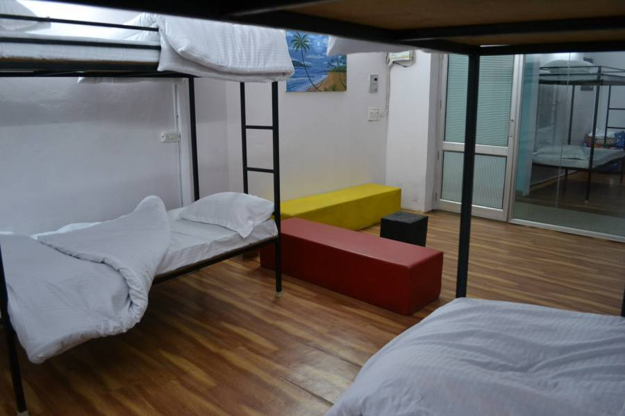 Backpacker's Nest, Amritsar, India, where are the best new hotels in Amritsar