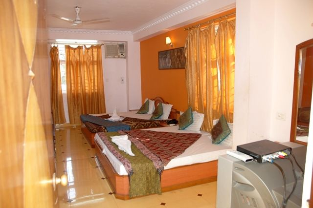Baga Residency, Calangute, India, compare with the world's largest hotel sites in Calangute