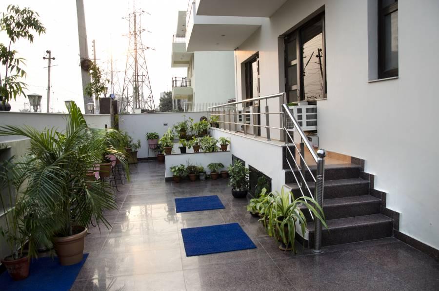 Bogainvilla, Gurgaon, India, 在附近找到冒险或在遥远的地方,现在预订酒店 在 Gurgaon