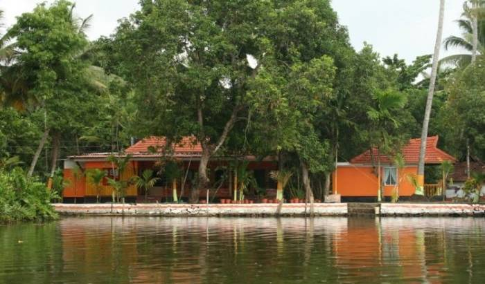 Bay Homes - Search available rooms for hotel and hostel reservations in Alleppey 2 photos