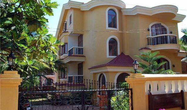 Bougainvillea Guest House - Search available rooms for hotel and hostel reservations in Candolim 7 photos