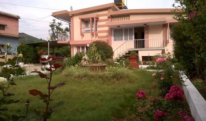 Flora Homes - Search for free rooms and guaranteed low rates in Madikeri 25 photos