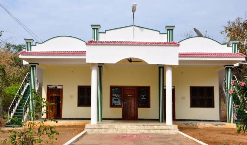 Hogenakkal Falls Cauvery Guest House - Get low hotel rates and check availability in Dharmapuri 4 photos