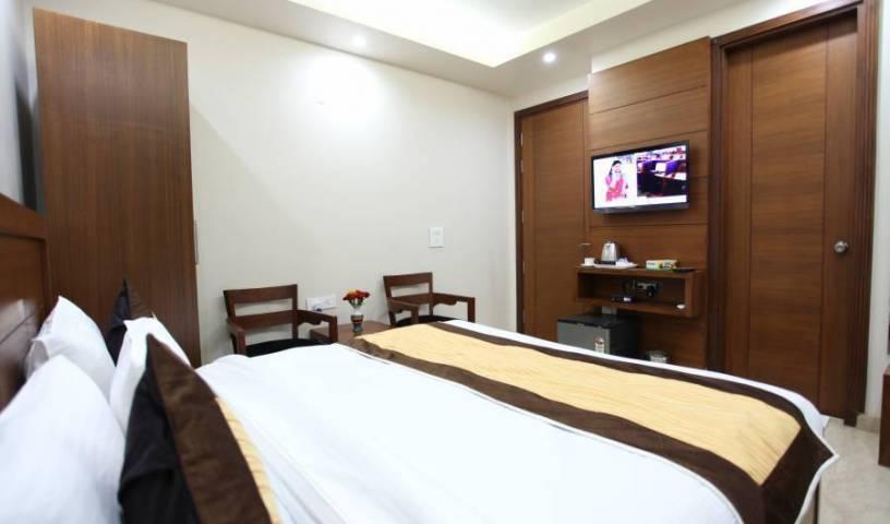 Hotel HC Grand 32 photos