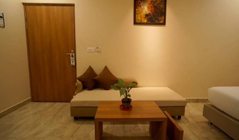Hotel Kanha Residency - Search available rooms for hotel and hostel reservations in Allahabad 1 photo