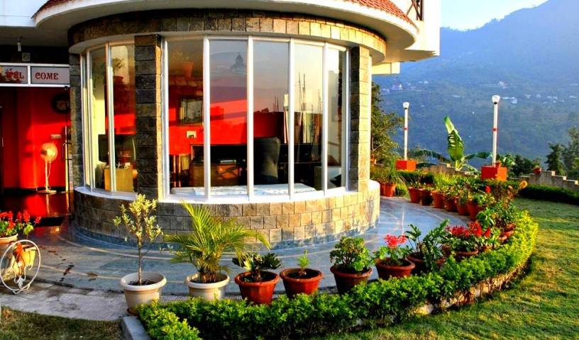 Hotel Lake Inn, get travel tips, and the best hotel choices in Almora, India 5 photos