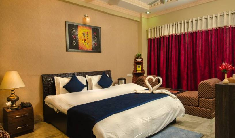 Hotel Meenakshi - Search for free rooms and guaranteed low rates in Udaipur 2 photos
