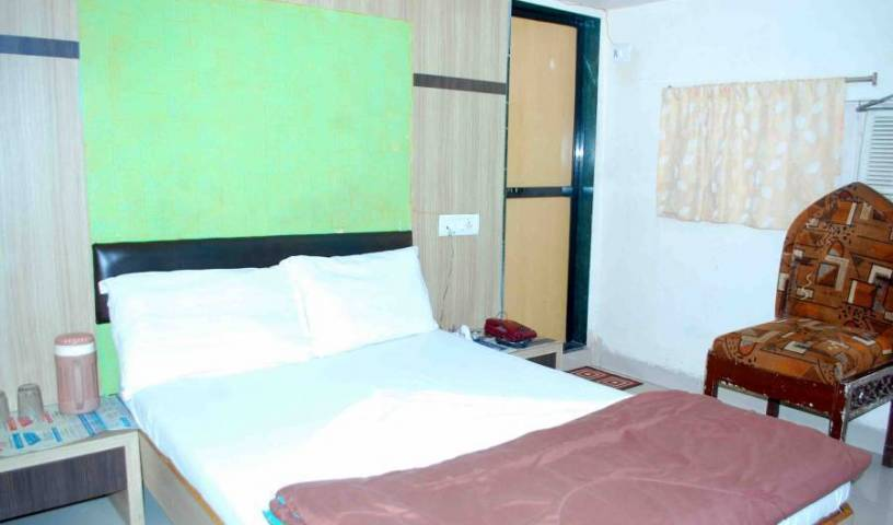 Hotel New India - Get low hotel rates and check availability in Mumbai 4 photos