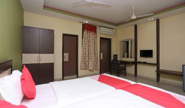 Hotel Parashuram - Obtenez des tarifs d'hôtel bas et vérifiez la disponibilité dans Guwahati 1 photo