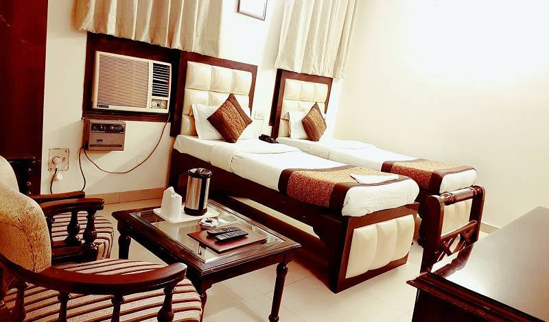Hotel Paras International - Search available rooms for hotel and hostel reservations in Paharganj 8 photos