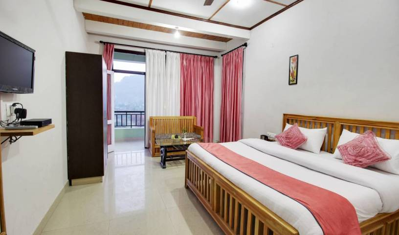 Hotel Spring Birds - Search for free rooms and guaranteed low rates in Bhim Tal, fine world destinations in Uttarakhand, India 2 photos