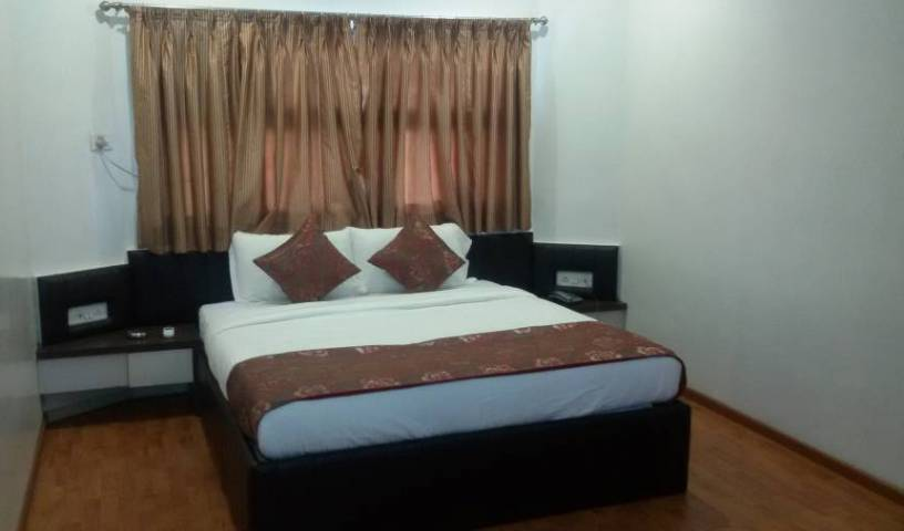 Hotel Vijay Residency - Get low hotel rates and check availability in Aurangabad 3 photos