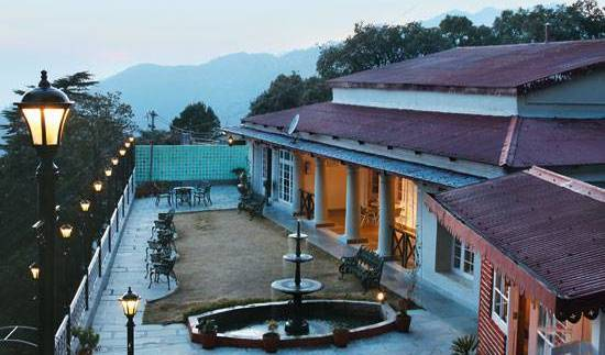 Karma Vilas Resort, hotels with hot tubs in Mussoorie, India 8 photos