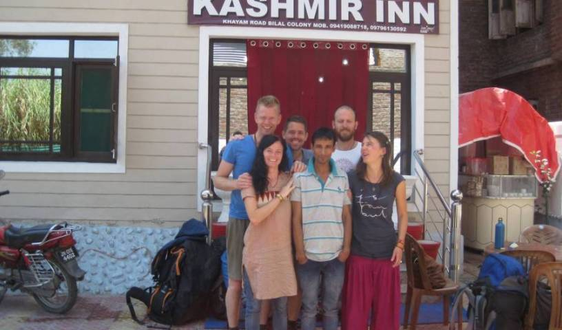 Kashmir Inn - Search for free rooms and guaranteed low rates in Srinagar 6 photos