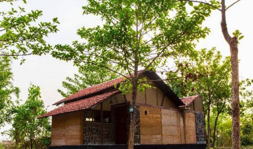 Maati Jungle Lodge - Search for free rooms and guaranteed low rates in Jabalpur 18 photos