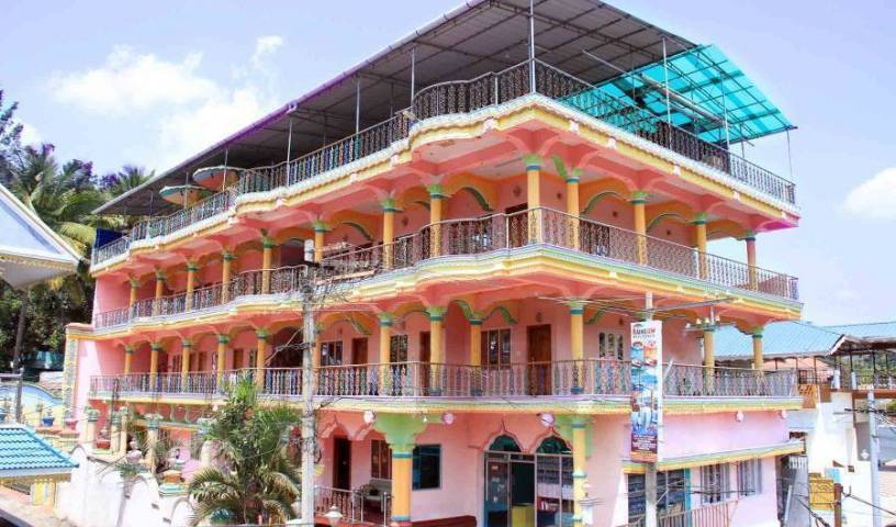 Colors Inn Hotel - Search for free rooms and guaranteed low rates in Kumily, hotel bookings 24 photos
