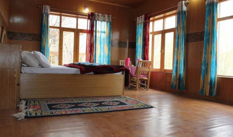 Shorkhan Guest House - Search available rooms for hotel and hostel reservations in Leh 3 photos