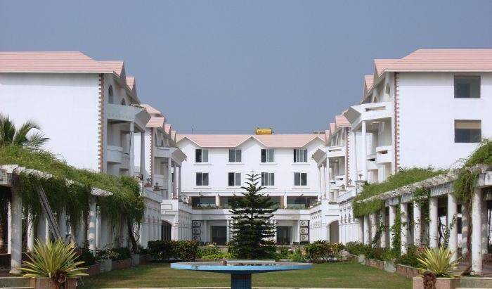 The Chariot Resort and Spa - Search for free rooms and guaranteed low rates in Puri 7 photos