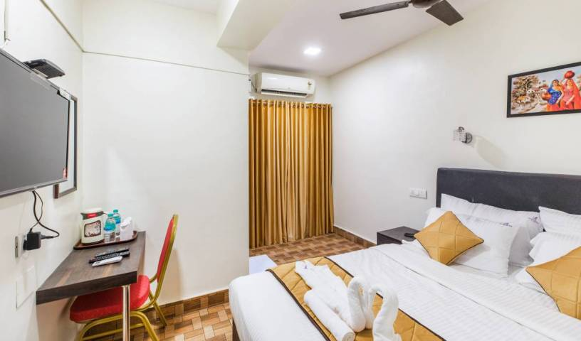 The K11 Hotels, hotels with air conditioning in Anna Nagar, India 3 photos