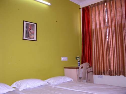 Cutie's Girls' Hostel, Jaipur, India, India hostels and hotels