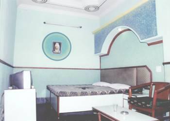 Durga Deluxe, Delhi, India, choice hotels in Delhi