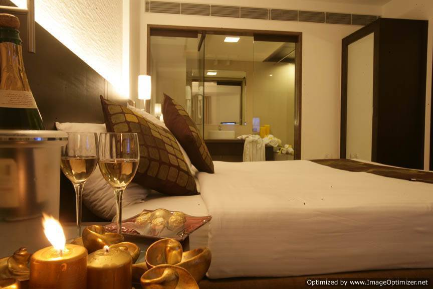 Express Residency, Vadodra, India, compare with the world's largest travel websites in Vadodra