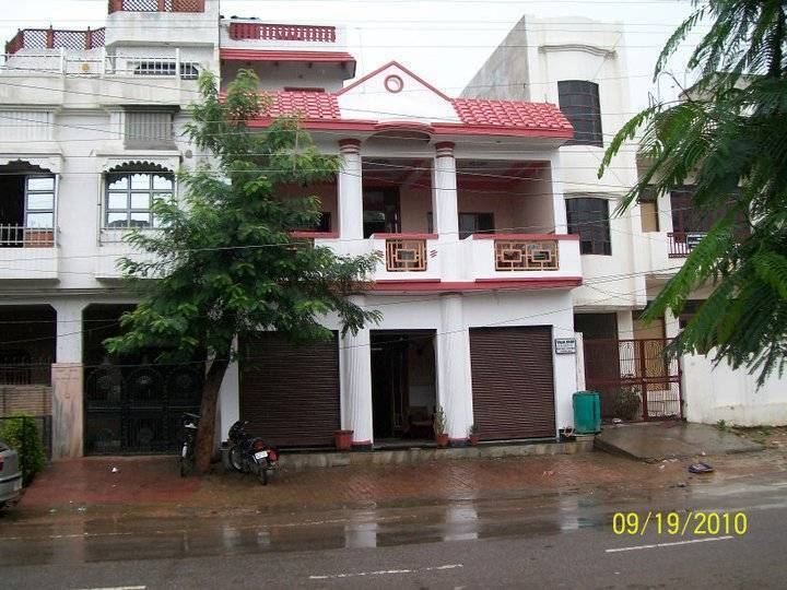 Friends Paying Guest House, Agar, India, India hotels and hostels