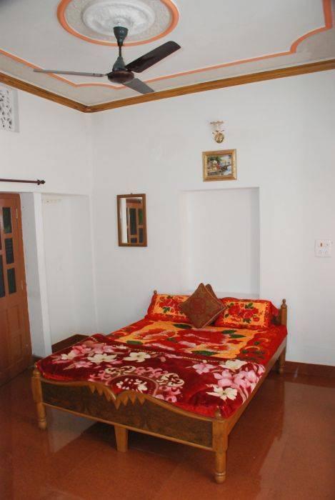 Gajanand Guesthouse, Jaisalmer, India, hoteli z brezplačnim WiFi in kabelsko tv v Jaisalmer