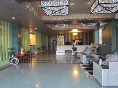 Highway King Residency, Gurgaon, India, hotellit, joissa katolla baareja ja ravintoloita sisään Gurgaon