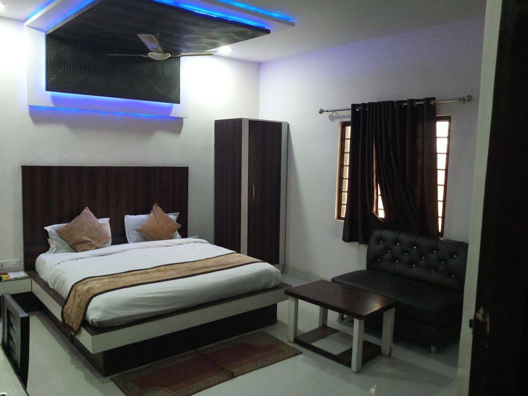 Hotel Gayatri Residency, Agra, India, India hotels and hostels